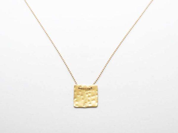 kolie-flouri-sfirilato-tetragono-xriso-1