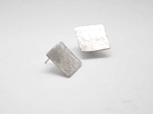skoularikia-tetragona-sfirilata-asimenia-2