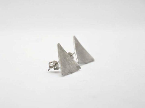 skoularikia-trigona-sfirilata-asimenia-2