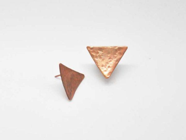 skoularikia-trigona-sfirilata-roz-xrisa-1