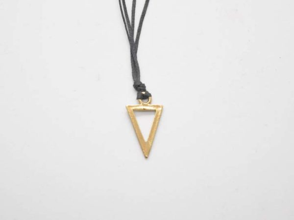 kremasto-trigonaki-kordoni-xriso-1