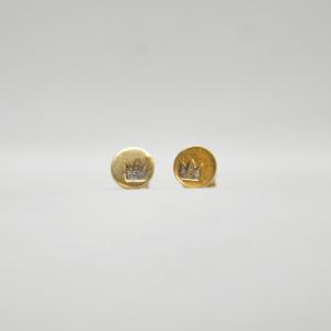 Σκουλαρίκια Με Κορώνα Χαραγμέμη Χρυσά