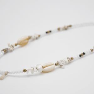 Κολιέ Καλοκαιρινό Με Πέτρες Και Κοχύλια – Λευκό